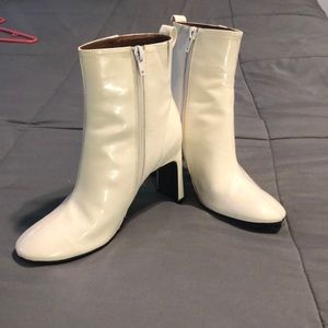 Shoes - white glossy boots!